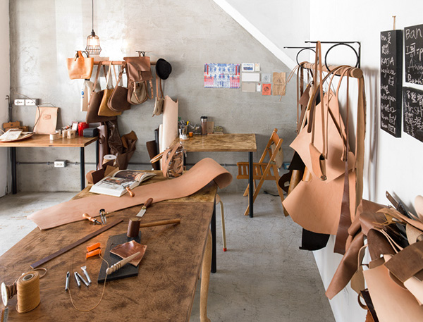 Giới thiệu cửa hàng bán dụng cụ làm đồ da tại Hà Nội